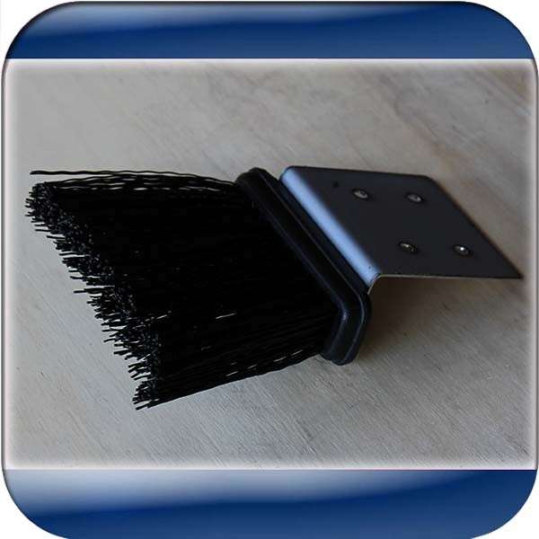 Sliding Gate Brush To Clean The Tracks From Dust Stones