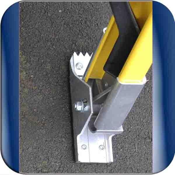 Fiberglass Extention Ladder 6 6m With Pole Strap Complies